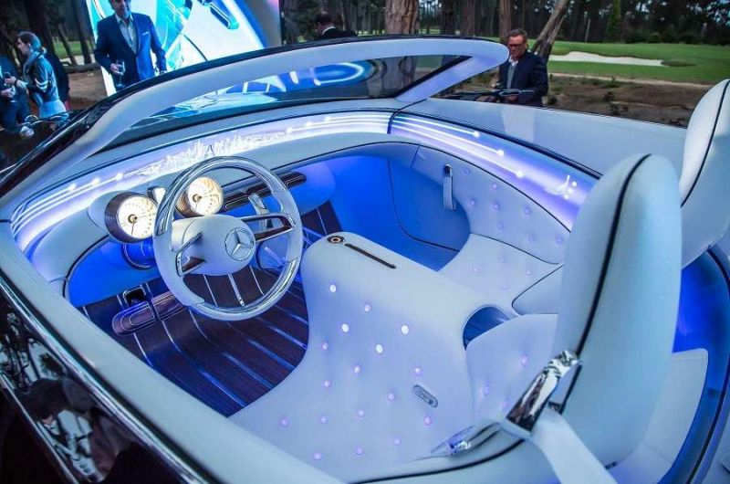 A Mercedes-Maybach Vision 6 utastere